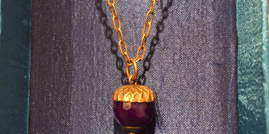 Acorn shaped necklace in box